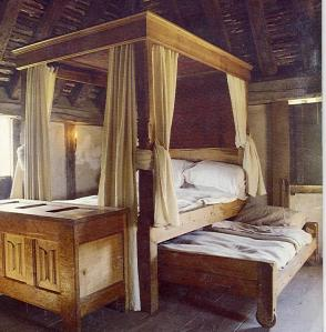 Bed from Middle Ages - Image from currentmiddleages.org