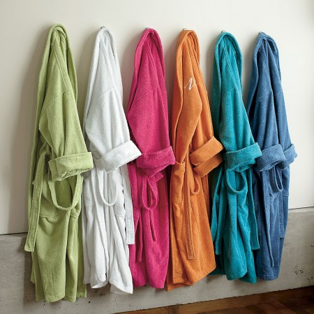 Splendid Bathrobes - Image: thecompanystore